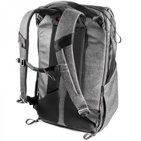 Peak Design Everyday Backpack 30L Charcoal Foto-Rucksack - z.B. für DSLR- und DSLM-Kameras (dunkelgr