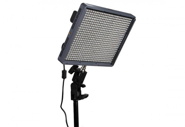 Aputure HR672C - 45W LED Bi-Color 3200 - 5500 K Leuchte, 75 Grad