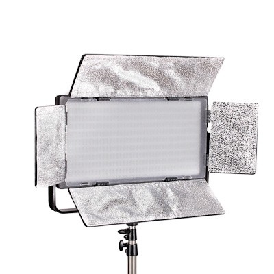 Quenox LED-Flächenleuchte DLP 820 Bi-Color Set inkl. Lampenstativ 6300 Lux